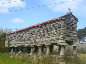 Kornspeicher sind typisch für die Region Galicien, die wir ab heute durchqueren