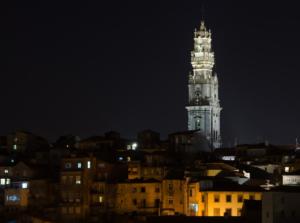 Porto bei Nacht